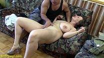 Зрелая женщина с большой грудью хочет секса много